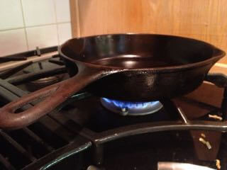 This is my Wagner 1056 Preheating on my friend's gas stove.