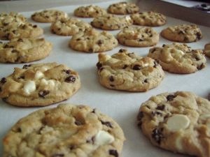 Get perfectly-sized cookies every time with the best cookie scoop!