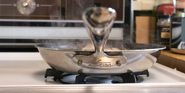 All-Clad cookware is a good potential alternative to most stainless steel cookware.