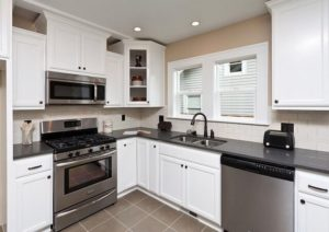These simple tips will help you run an efficient and tidy kitchen!