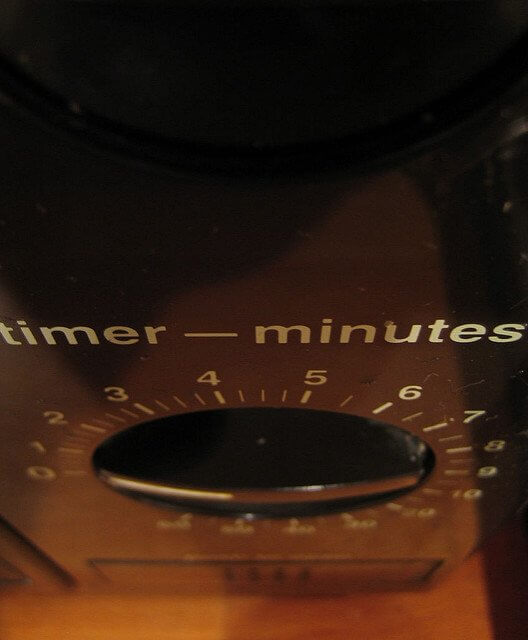 A timer microwave doesn't have all those overly-complicated menus and screens.