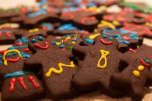 Bring a smile to your gingerbread man's face with the best Christmas gift!
