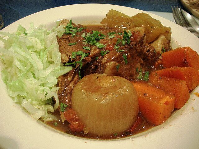 You can make more than just bone broth with your slow cooker... How about beef stew?