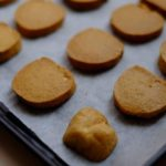 Bake beautiful cookies with the perfect cookie sheet.