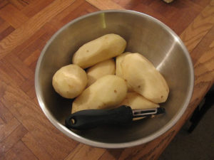 Get perfectly peeled potatoes every time with an awesome electric peeler.