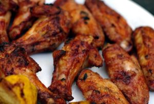 Make your very own delicious deep fried wings at home with the right kitchen tools.
