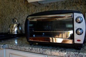 Bake a perfect batch of cookies, brownies, or even cake with the right toaster oven!
