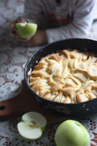 apple pie in black pan