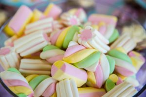 pastel colored marshmallows piled in bowl